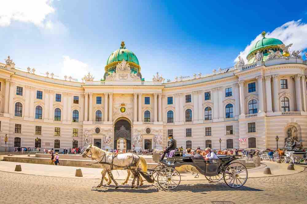 Un Week End 224 Vienne Les Bonnes Adresses De Rapha 235 L De